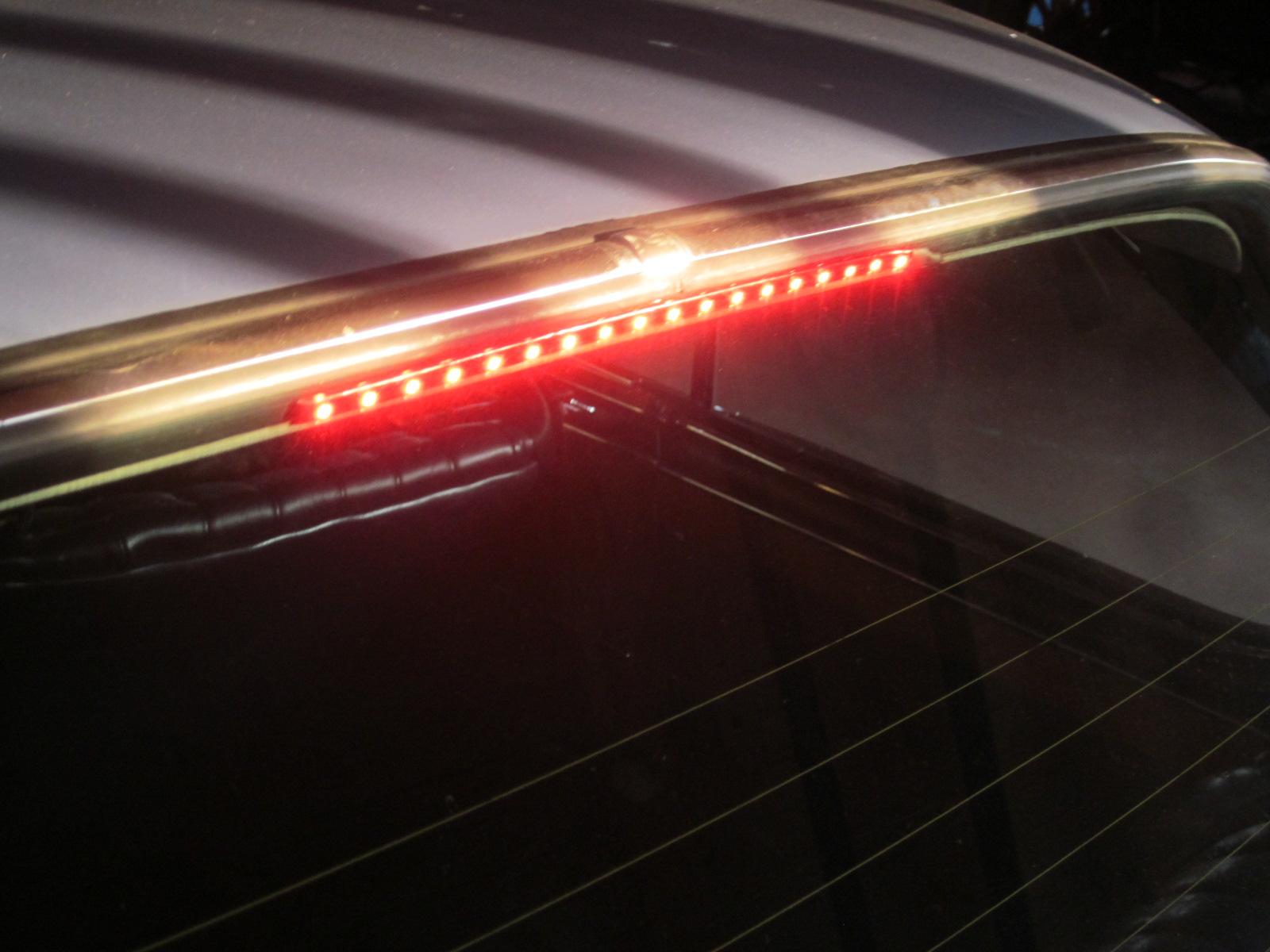 3rd Brake Light 03.JPG