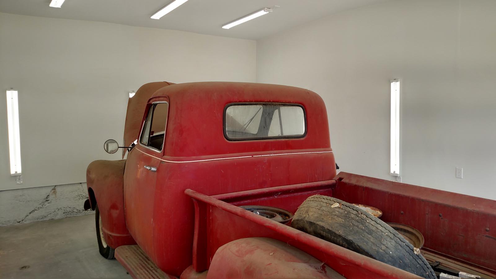 51-garage.jpg