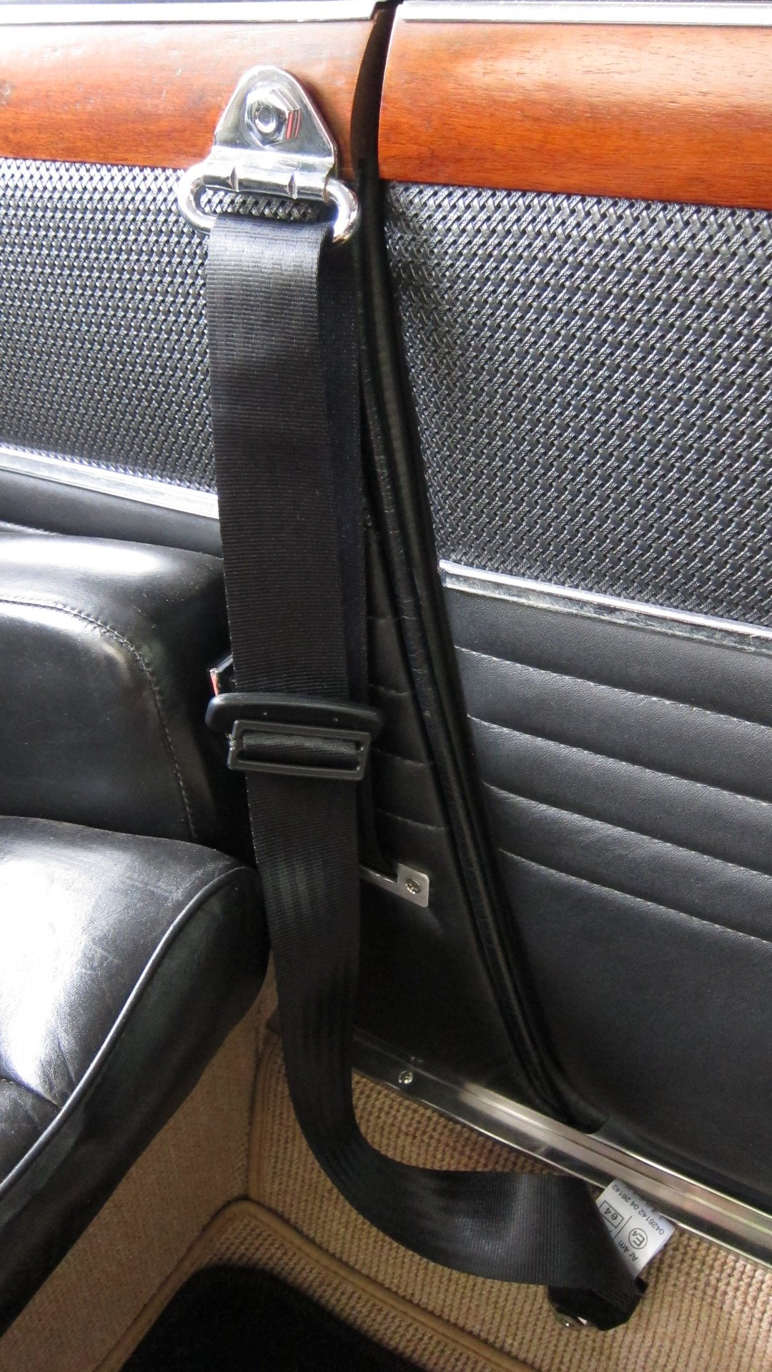 Front and rear seat belt resto mod | BMW E9 Coupe Discussion Forum